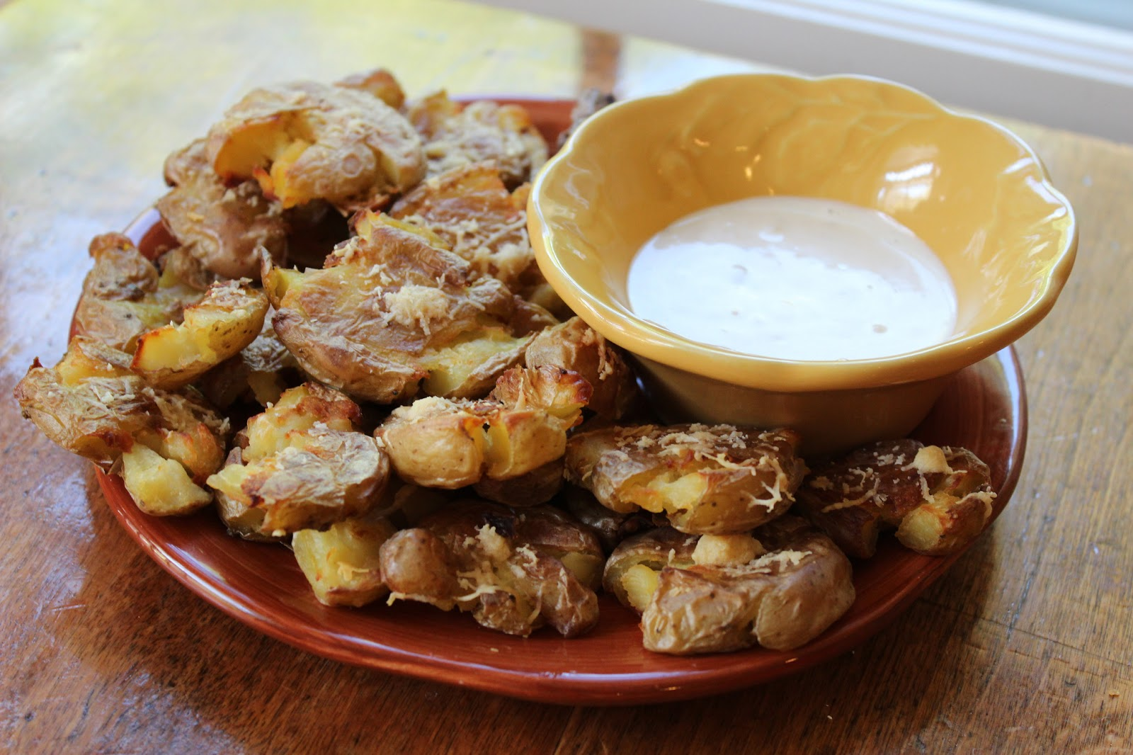 "Amazing ""Smashed"" Potatoes with Roasted Garlic Aioli"