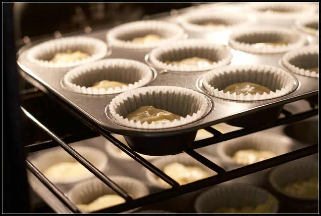 Pina colada cupcakes - #SundaySupper