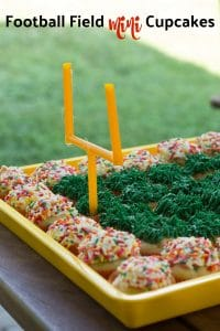 Football Field Mini Cupcakes || Erin Brighton | Super Bowl Party | Football party dessert | desserts | gluten free
