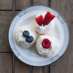 Easy Mini Pavlovas